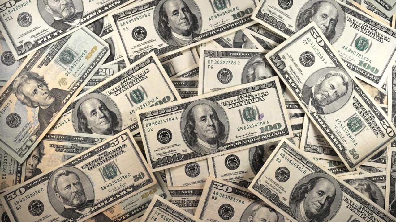 Olha o dinheiro aí