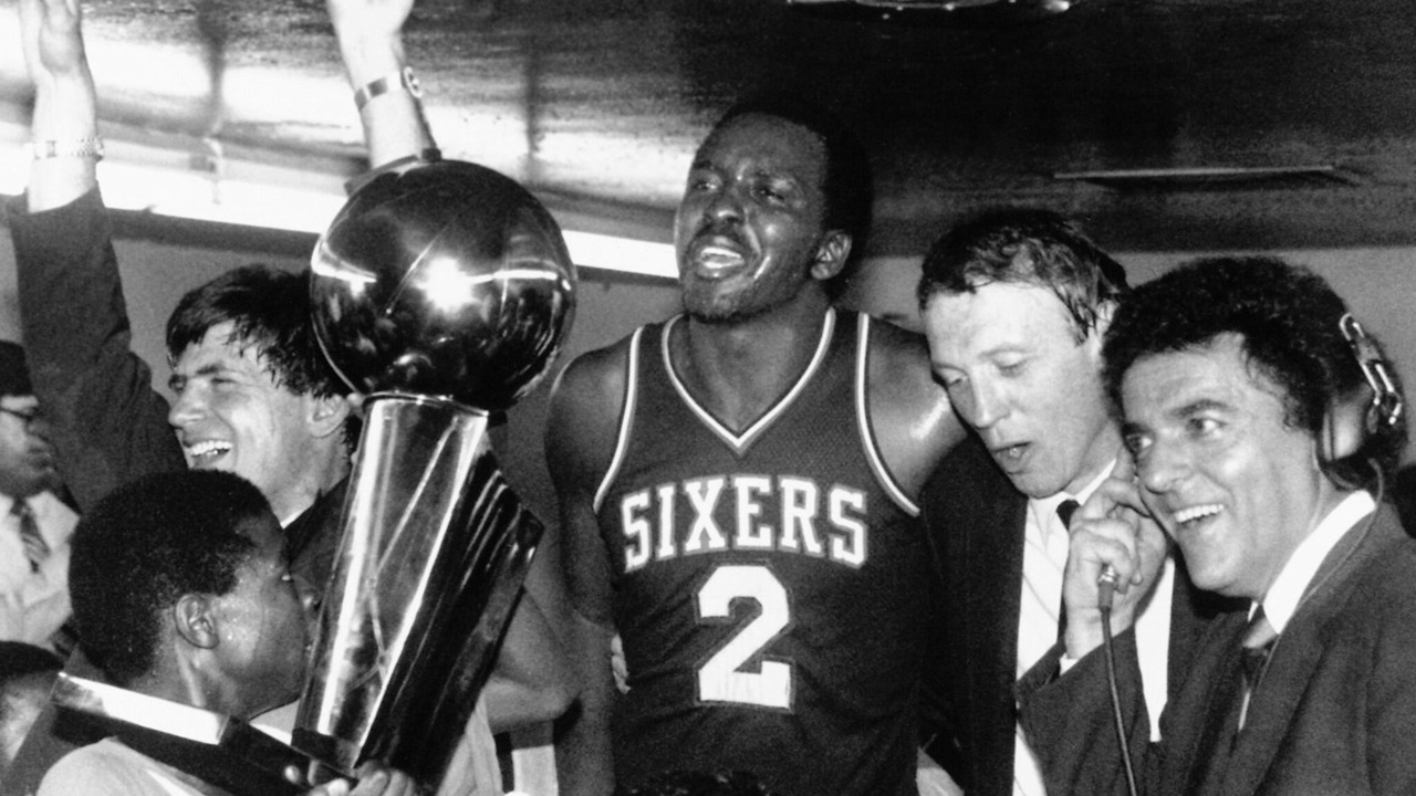 Moses comemorando seu único título da NBA
